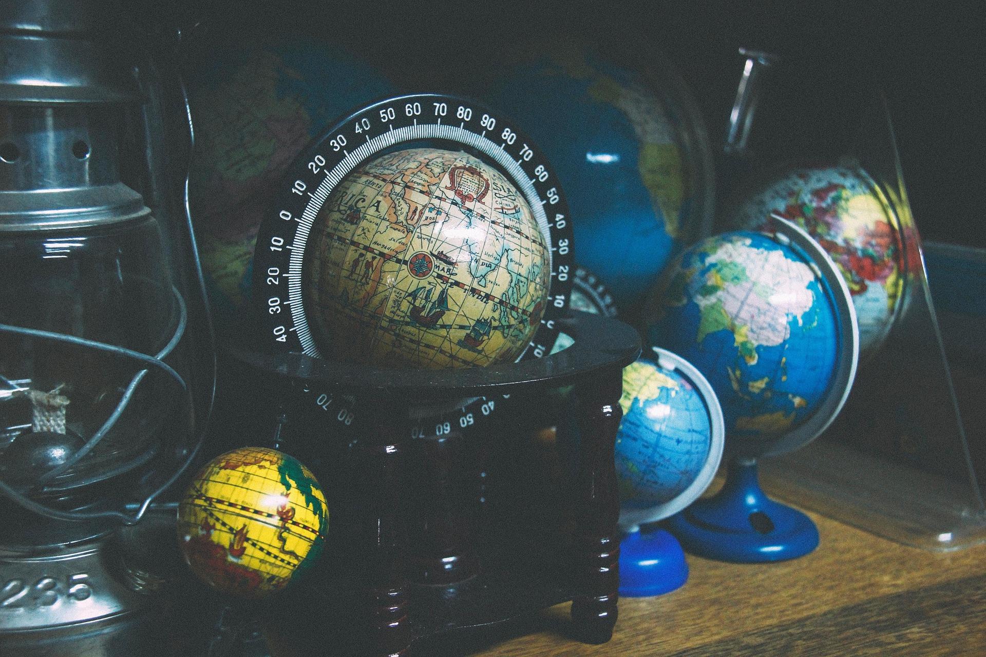 globe-924927_1920